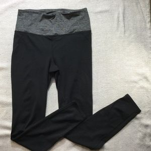 Gaiam black/gray high waist leggings size medium